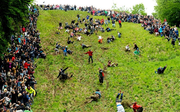 Cheese-Rolling in action