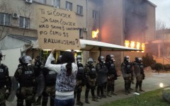 Bosnia: Protesters demand change