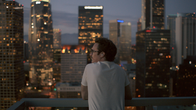 Theodore Twombly (Joaquin Phoenix) in 'Her'